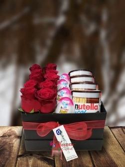 Güllerin Tatlı Sürprizi