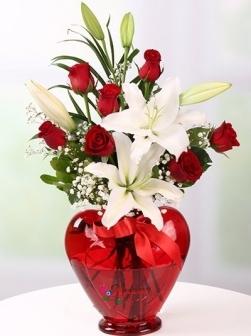 Kalp Vazoda Lilyum ve Güller