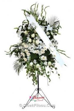 Beyaz Çiçeklerden Ayaklı Ferforje